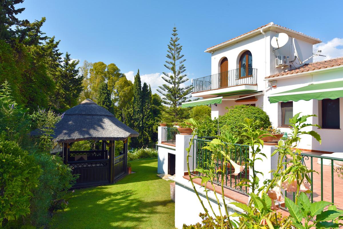 Villa - New Golden Mile