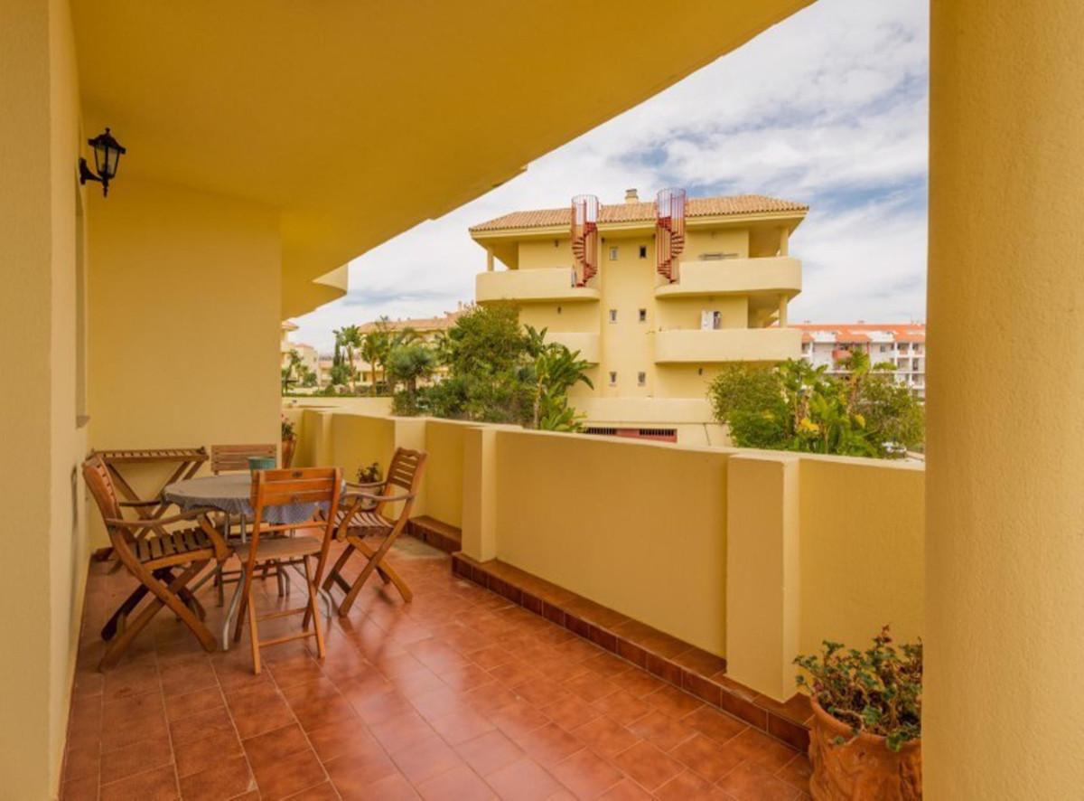 Apartment in Manilva R3397927 10