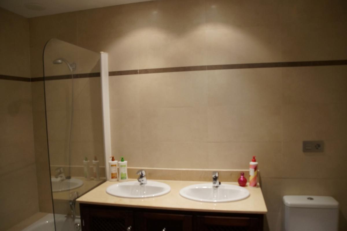 Apartment in Benalmadena R3184903 10
