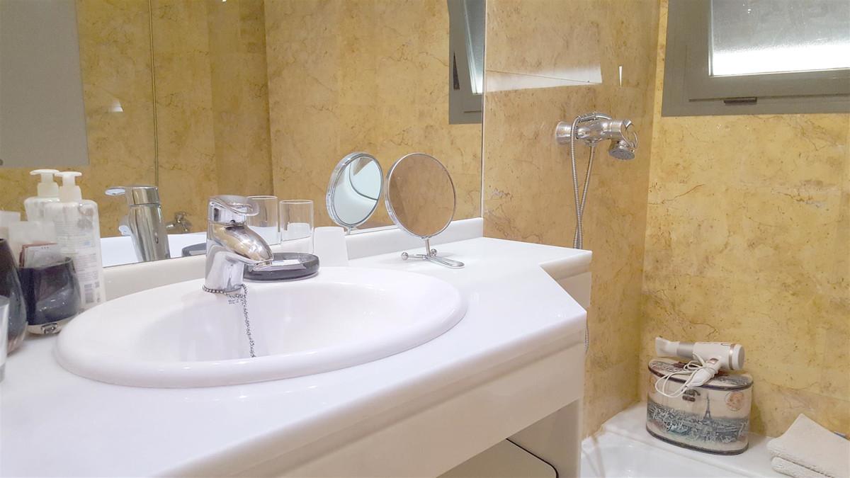 Apartment in Calahonda R3412918 15