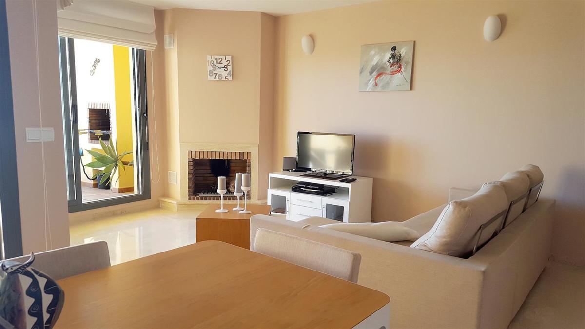 Apartment in Calahonda R3412918 9