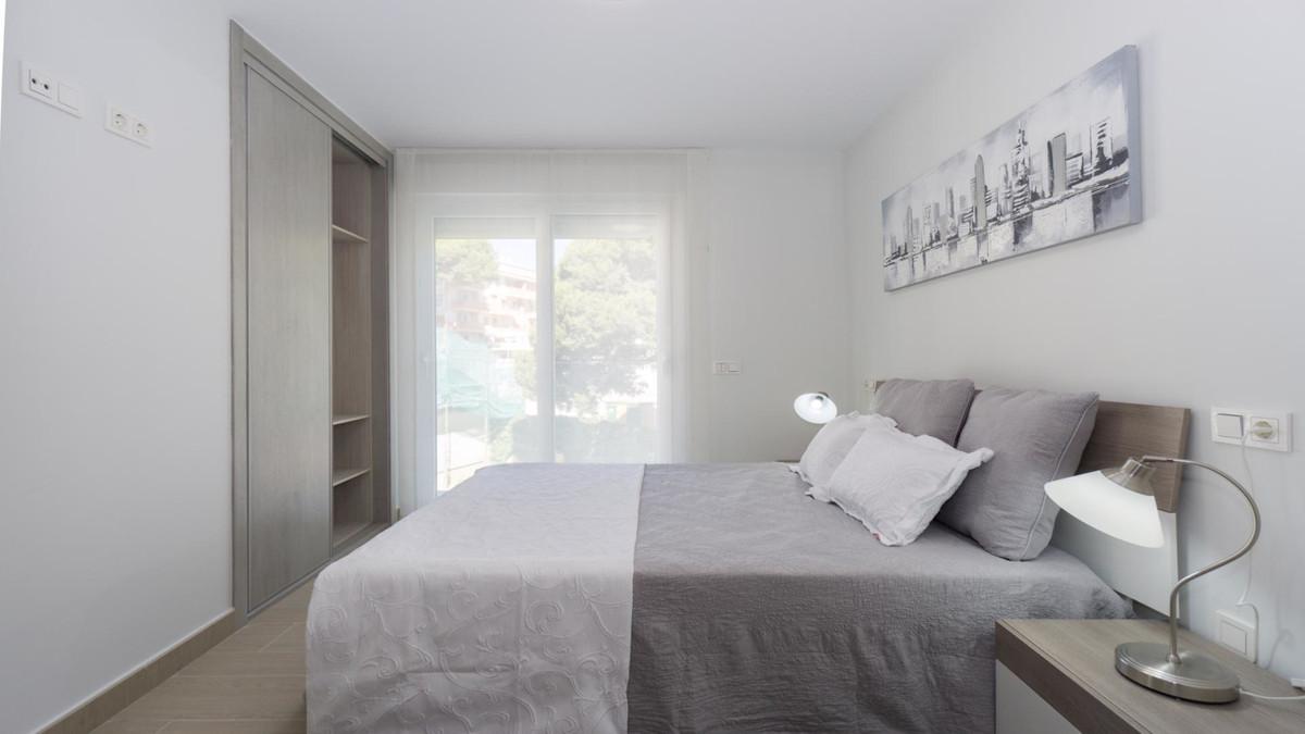 Apartment in Benalmadena Costa R3410365 12