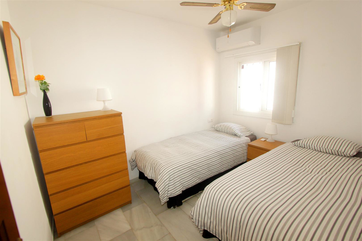 House in Marbella R3239923 9