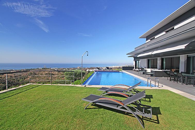 House in Altos de los Monteros R2495273 52