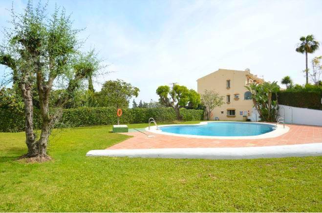 House in Nueva Andalucía R2936495 10