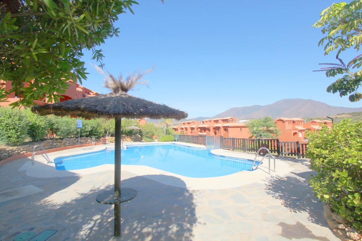 Penthouse for sale in Estepona R3526477