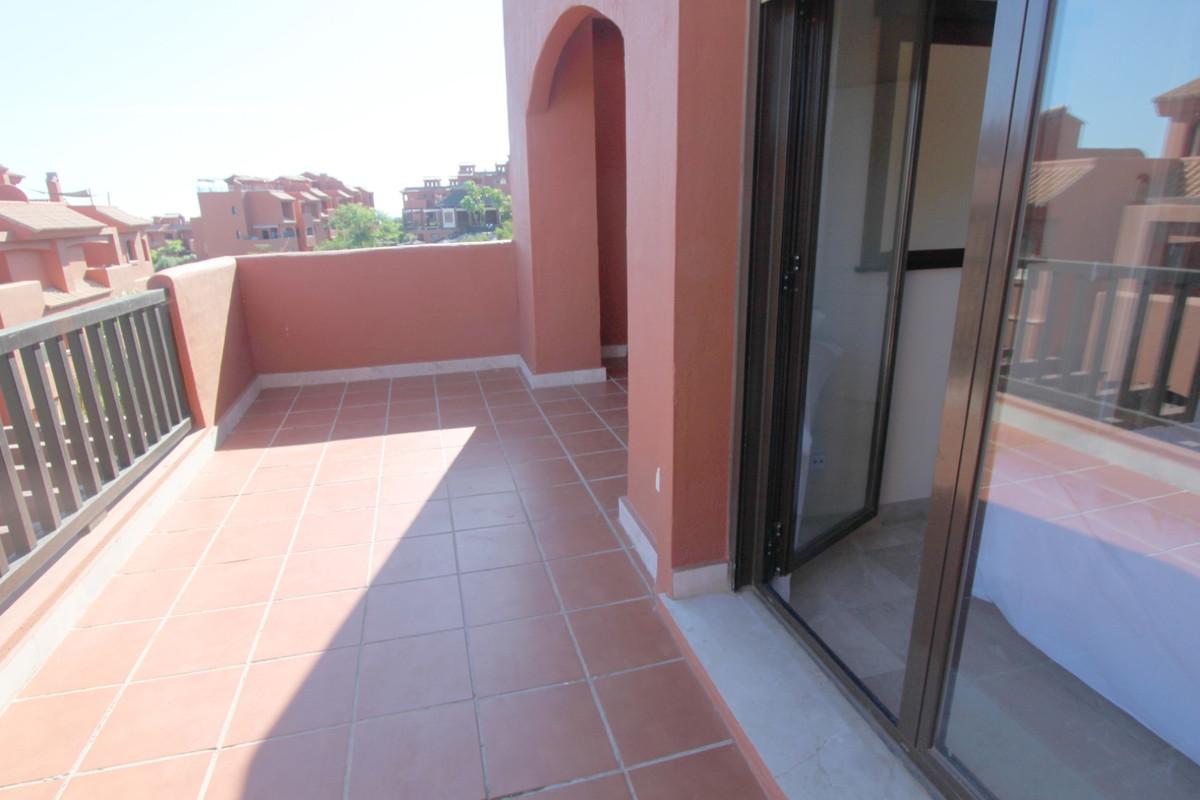 Apartment in Estepona R3526477 16