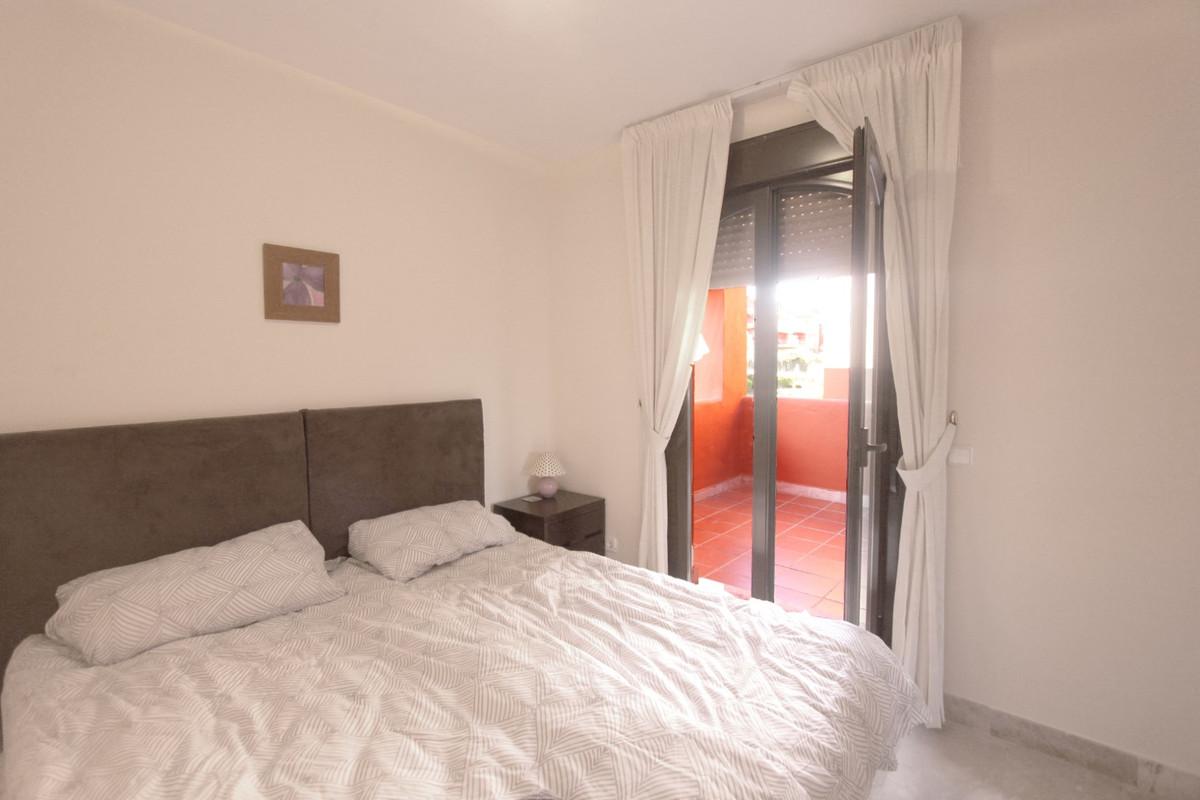 Apartment in Estepona R3526477 6