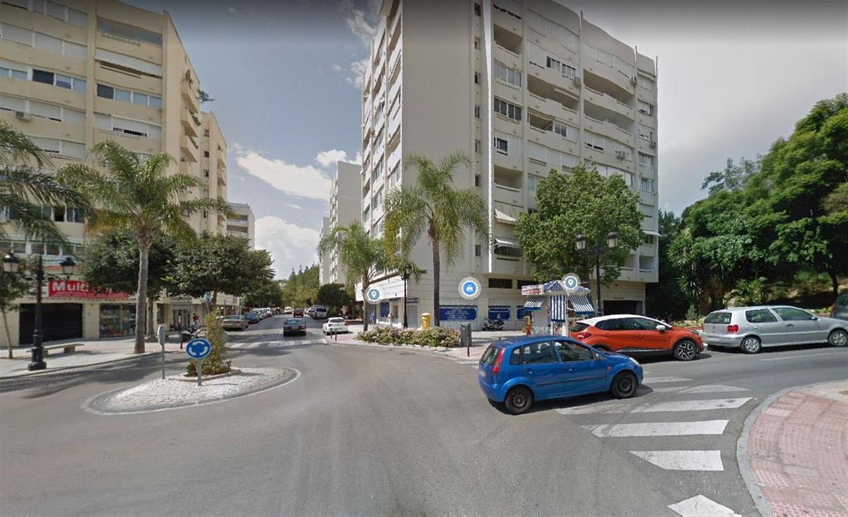 NEW PROPERTY ON THE MARKET !!!  Unique opportunity to buy an apartment in the heart of Marbella, loc,Spain