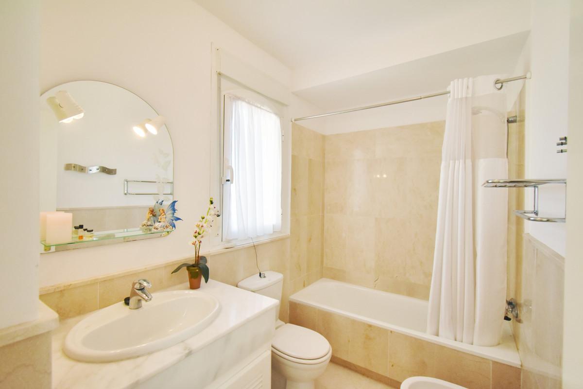3 Bedroom Semi Detached Villa For Sale Riviera del Sol