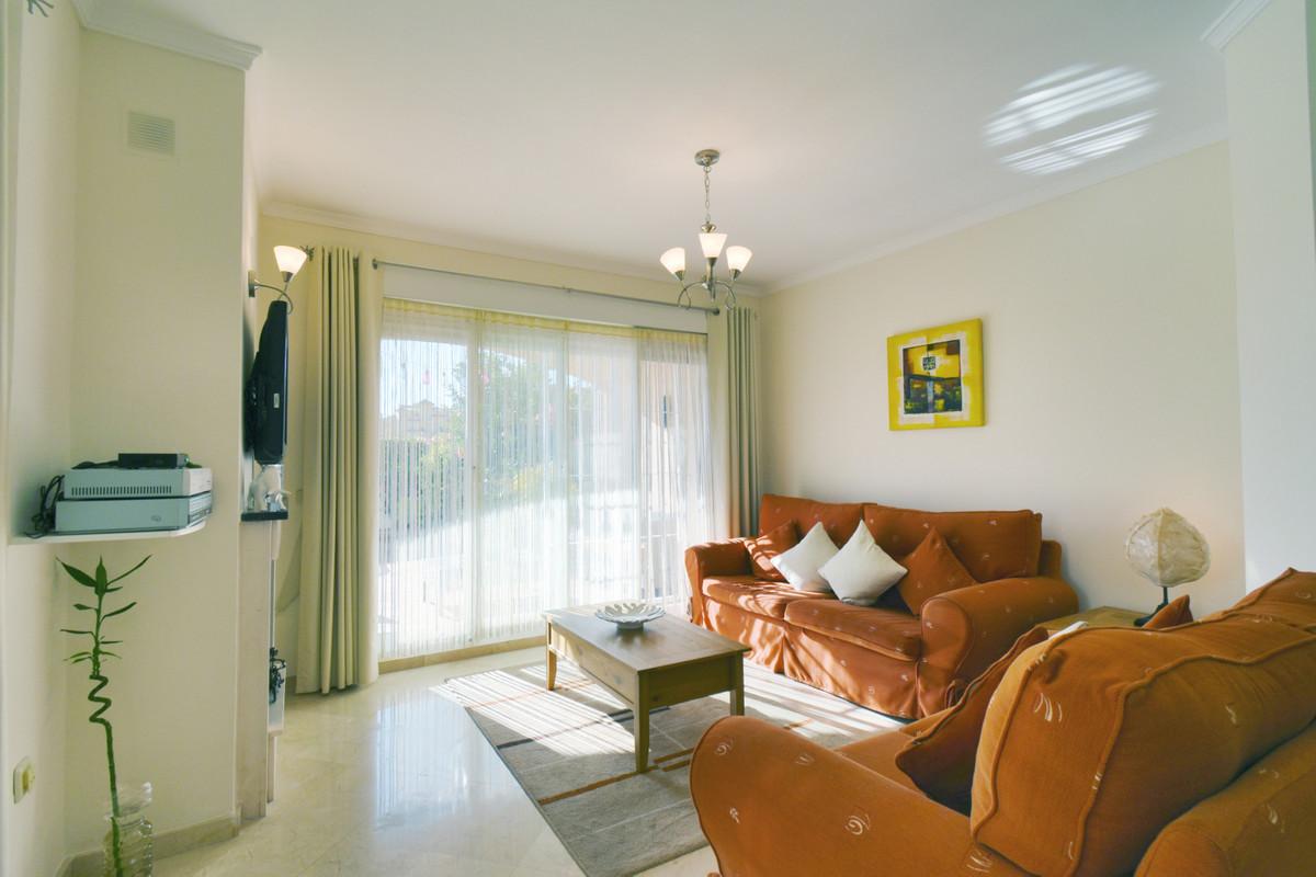 Villa te koop in Riviera del Sol R3521002