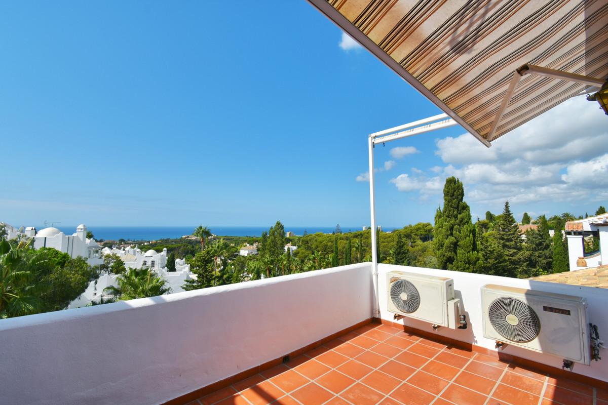 Penthouse in Reserva de Marbella R3499414