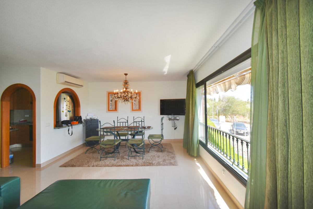 Penthouse in Reserva de Marbella R3470425