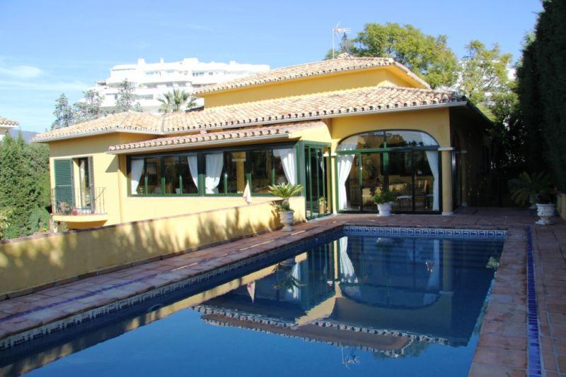 Villa - Chalet a la venta en Guadalmina Alta