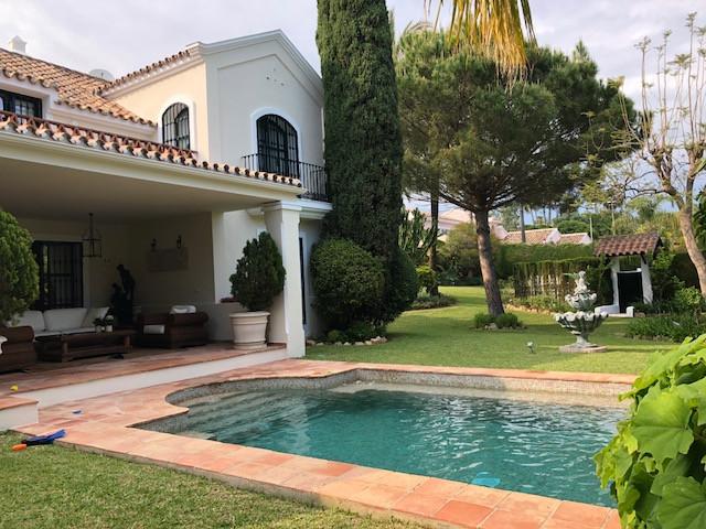 Villa - Chalet a la venta en Guadalmina Baja