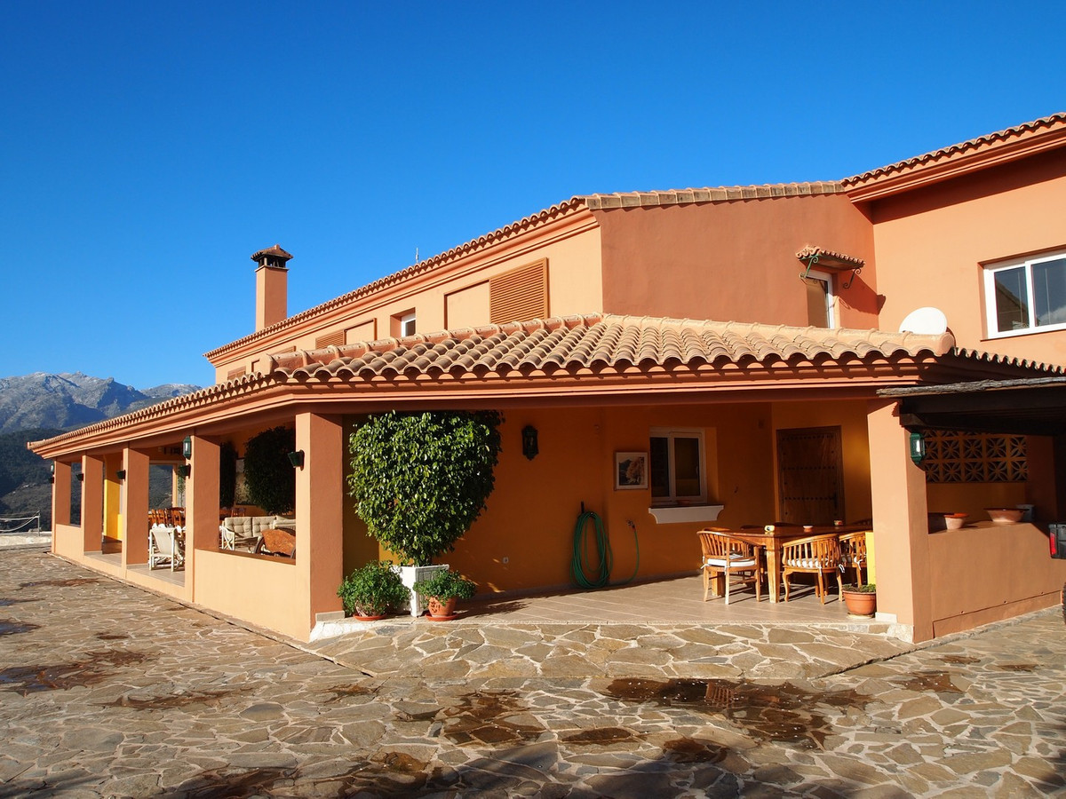 Luxury 8 Bedroomed Finca set on an elevated and exceptionally private 160,000 m2 plot offering heave,Spain