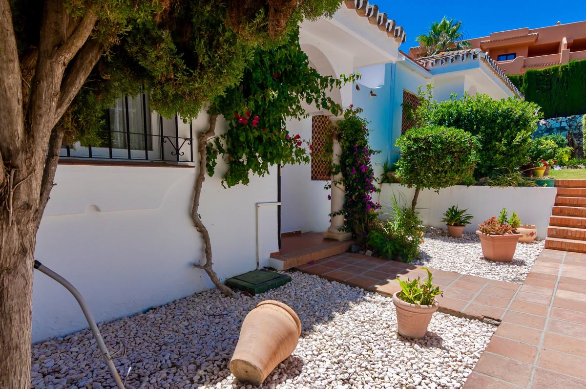 Hus in El Paraiso R3437932 12