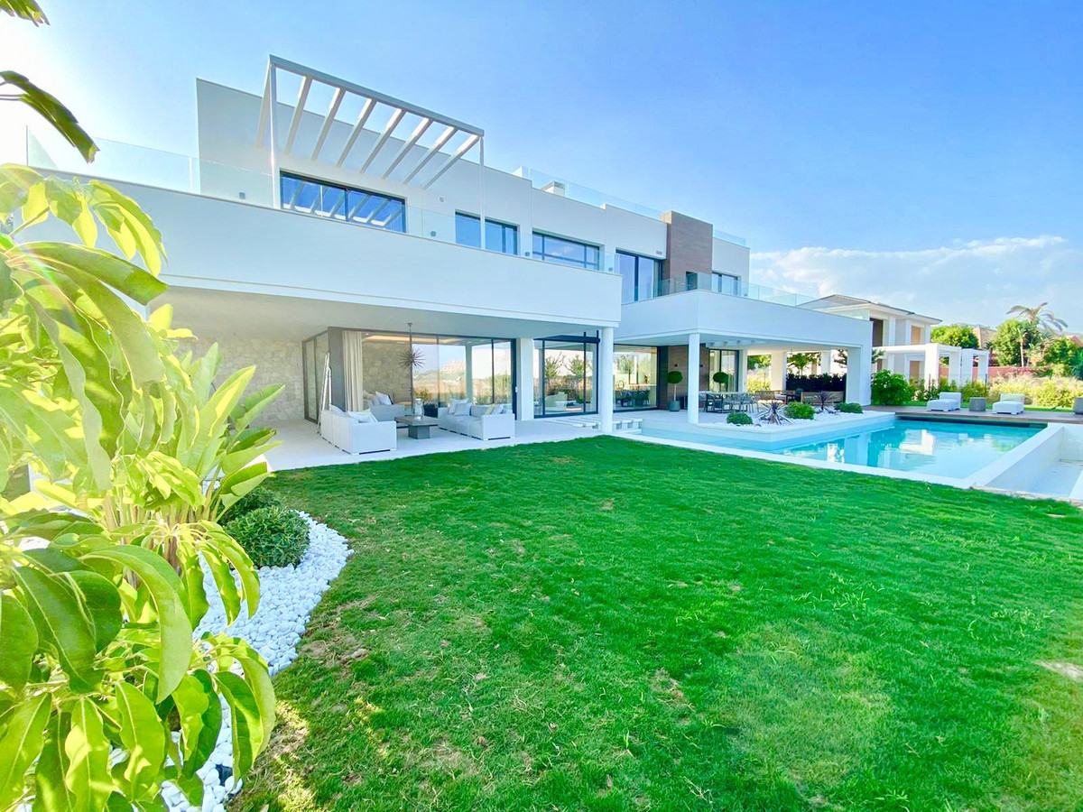 Ref:R3614996 Villa - Detached For Sale in La Quinta