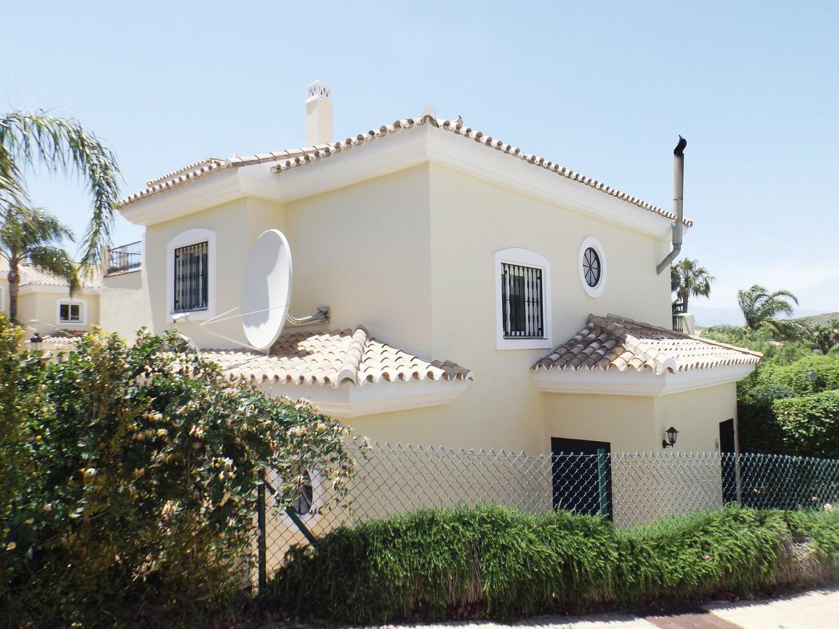 Maison Jumelée  Mitoyenne en vente   à Alhaurin Golf