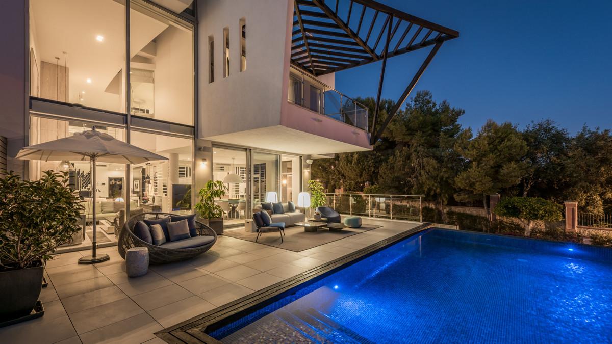 Ref:R3780391 Villa - Detached For Sale in Sierra Blanca