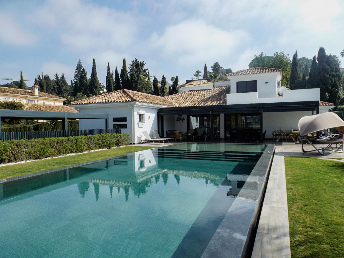Ref:R3799978 Villa - Detached For Sale in El Paraiso