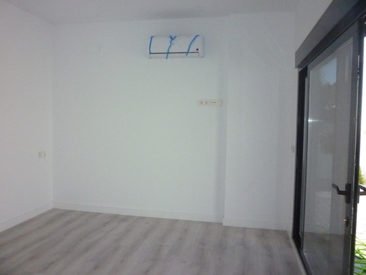 TSEA3351136 - picture 20
