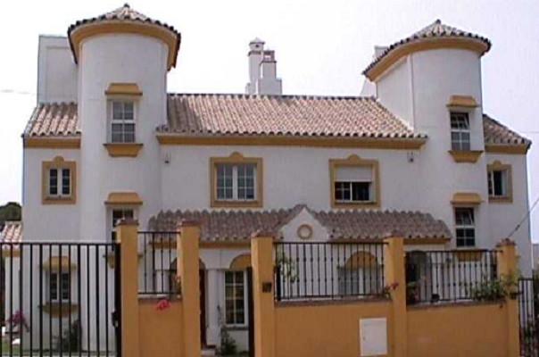 5 bedroom townhouse for sale elviria