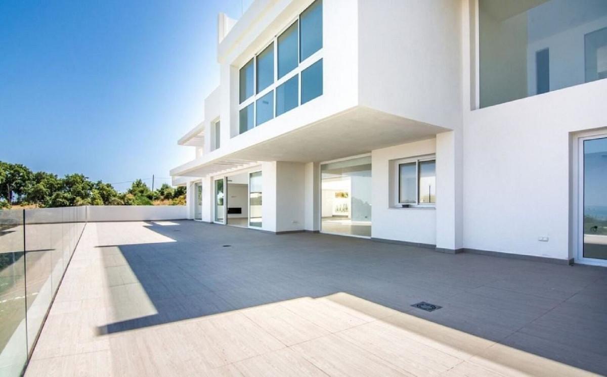 R3350827: Villa - Detached for sale in La Mairena