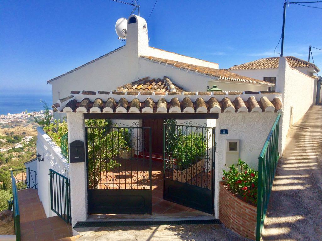 Ref:R3193816 Villa - Detached For Sale in Mijas