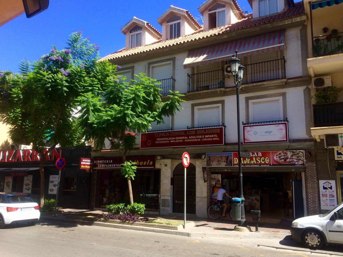 R2982962: Apartment - Middle Floor in Los Boliches