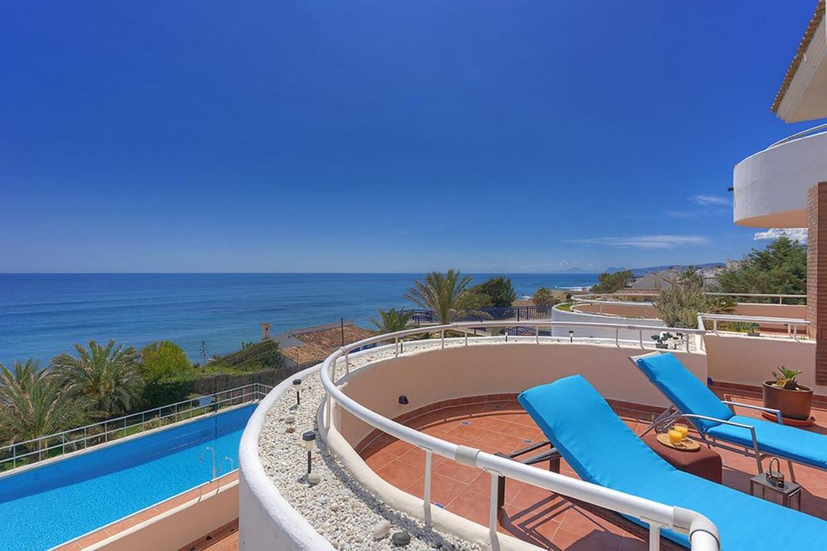 Apartment Penthouse Estepona Málaga Costa del Sol R3425878