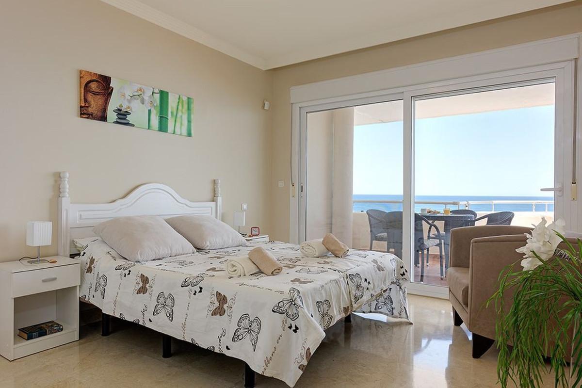 Apartment Penthouse Estepona Málaga Costa del Sol R3425878 3