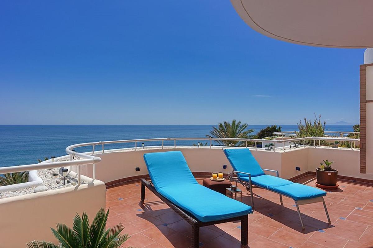 Apartment Penthouse Estepona Málaga Costa del Sol R3425878 5