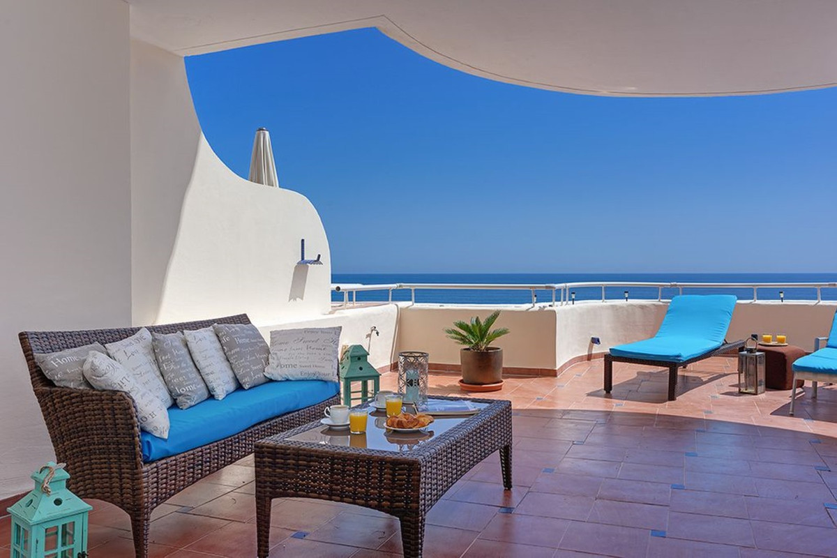 Apartment Penthouse Estepona Málaga Costa del Sol R3425878 6