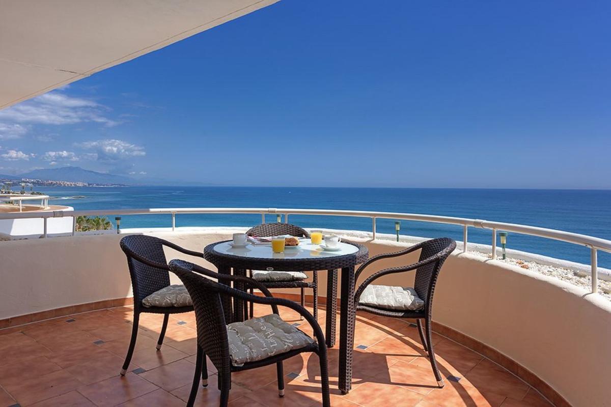 Apartment Penthouse Estepona Málaga Costa del Sol R3425878 8