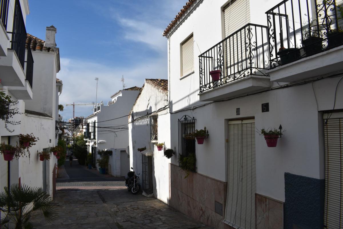 Townhouse Terraced in Estepona, Costa del Sol