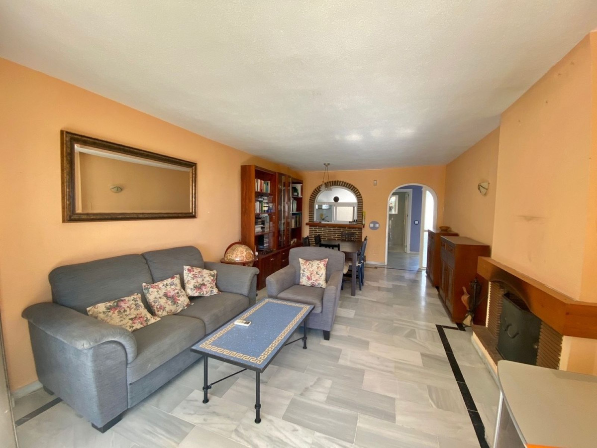 Middle Floor Apartment in Mijas Costa