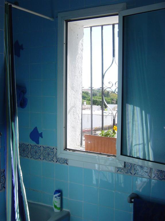 Villa Pareada en Carib Playa, Costa del Sol