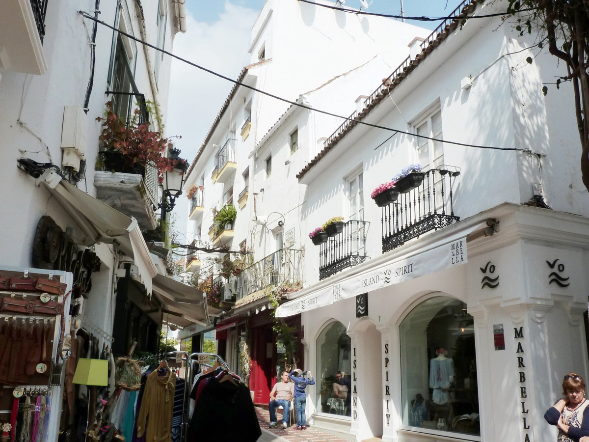 Fantastic purchase opportunity in unbeatable location of the old town, at a stone's throw from ,Spain