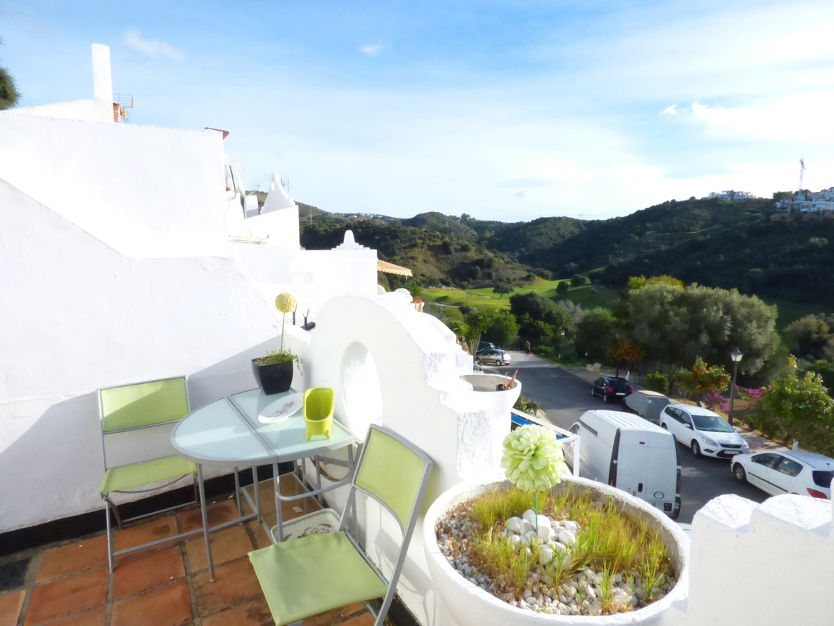 La Reserva de Marbella urbanization. Semi-detached house with 1 bedroom, 2 bathrooms distributed on ,Spain