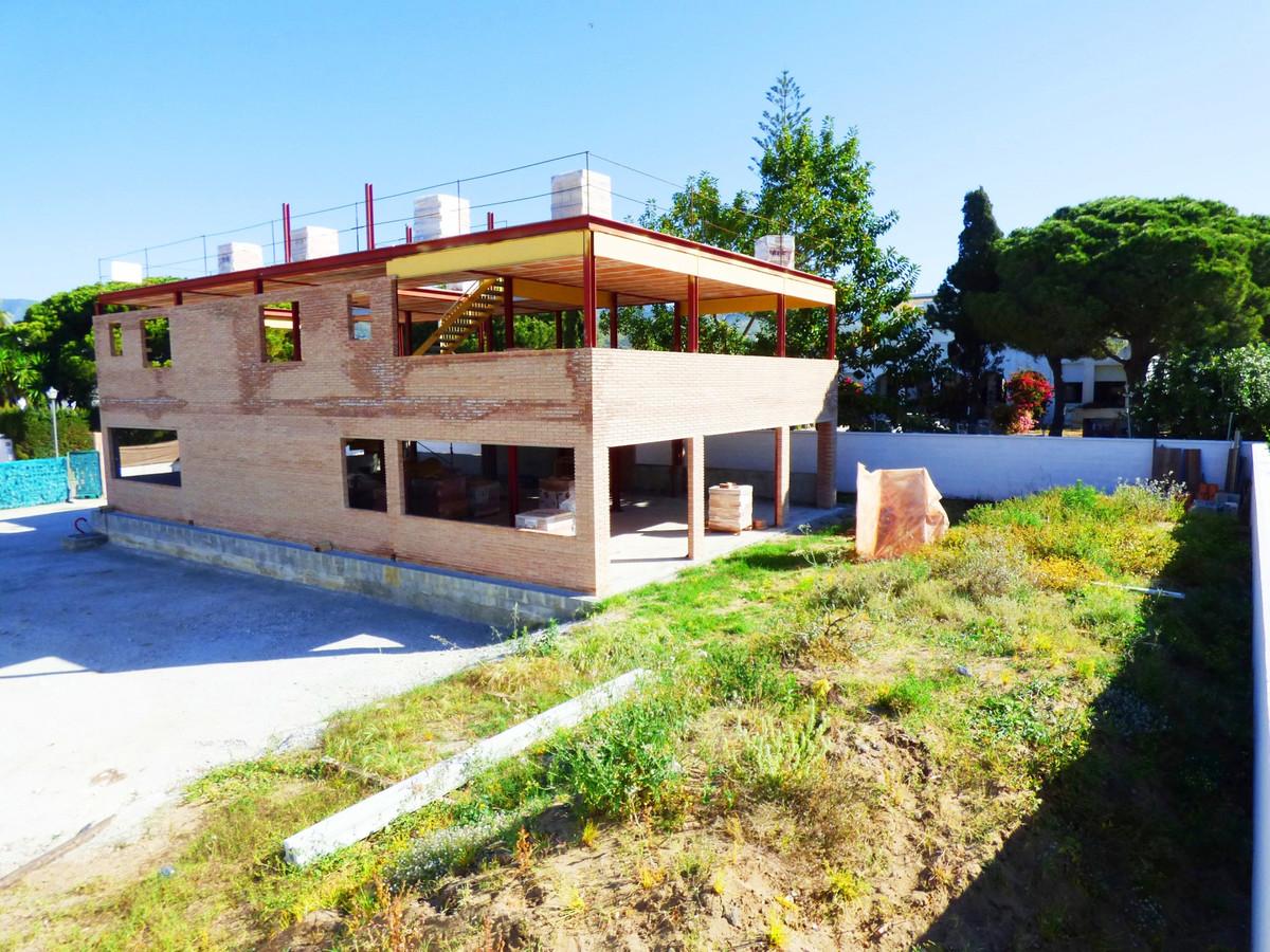 Villa te koop in Marbella R3444823