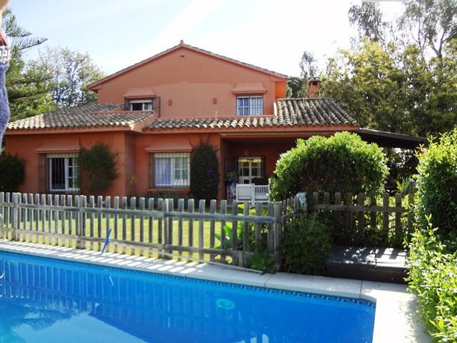 Detached villa for sale in Marbella. Very quiet, within walking distances to international schools, ,Spain