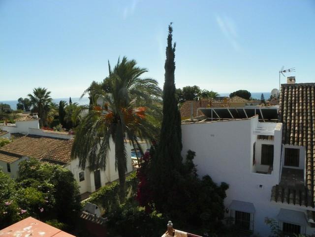 Detached Villa in Las Chapas