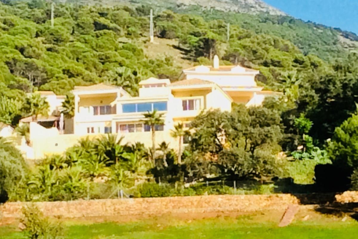 Villa 3 Dormitorios en Venta Alhaurin Golf