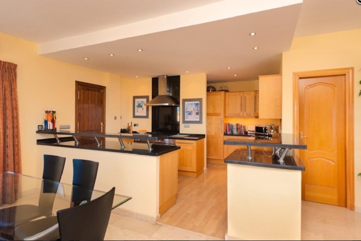 House in Alhaurin Golf R3505504 26