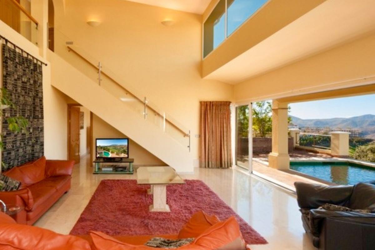 House in Alhaurin Golf R3505504 4