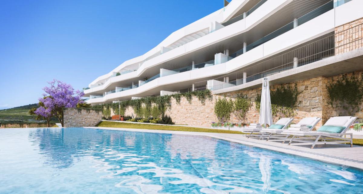 R3502540: Apartment - Middle Floor Apartment in Estepona