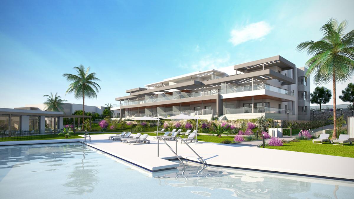 R3477661: Apartment - Middle Floor Apartment in Estepona