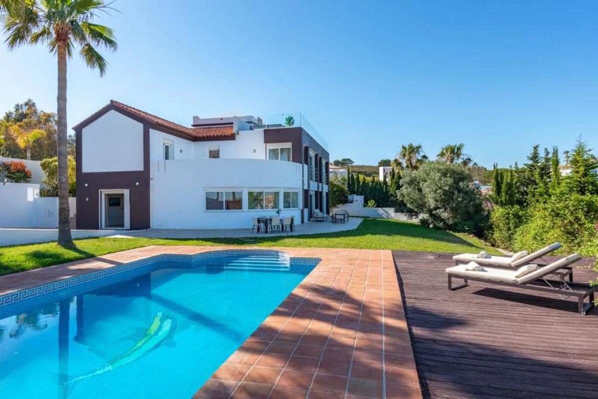 R3477184: House - Detached Villa in Manilva