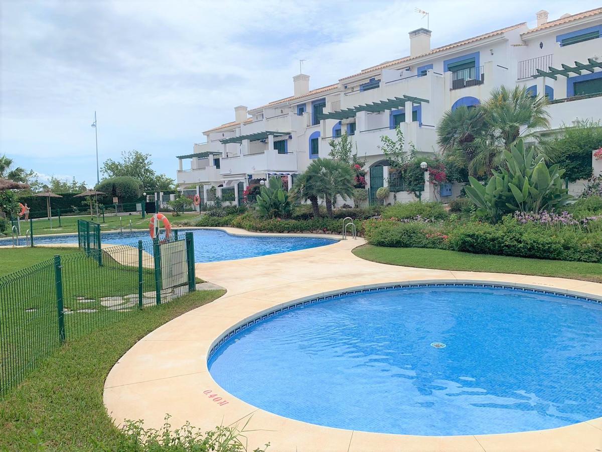 Middle Floor Apartment, San Pedro de Alcantara, Costa del Sol. 2 Bedrooms, 2.5 Bathrooms, Built 85 m,Spain